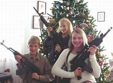 Didn't You Know Santa Was A Member Of The NRA...And A Repiblican