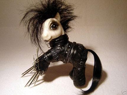 Edward Scissor Pony