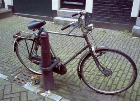Hell, I'd Take His Bike Just For Being Stupid